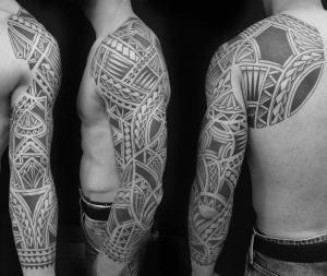 tatuaje-polinesio-barcelona-12